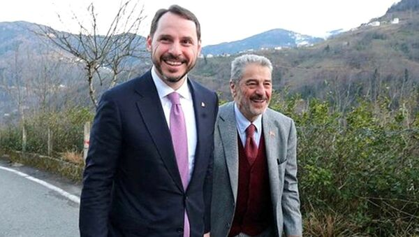Berat Albayrak ve babası Yazar Sadık Albayrak - Sputnik Türkiye