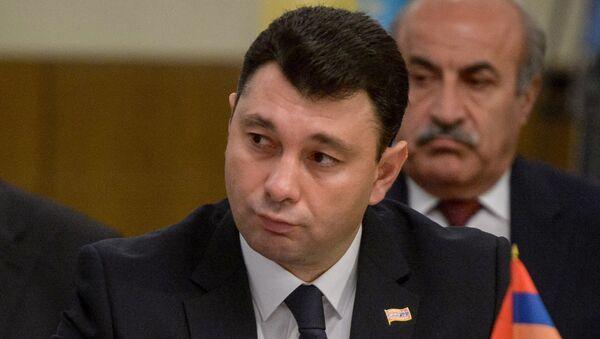 Eduard Şarmazanov - Sputnik Türkiye