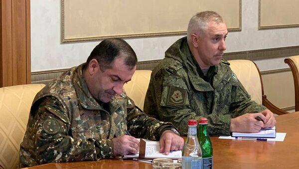 Rustam Muradov (sağda) - Sputnik Türkiye