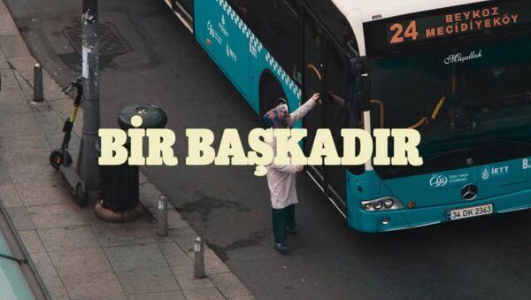 Bir başkadır - otobüs sahnesi - Sputnik Türkiye