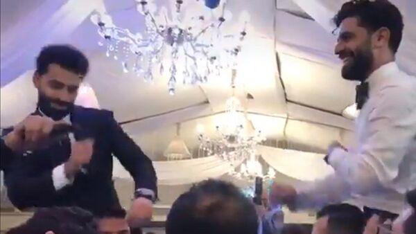 Salah düğünde - Sputnik Türkiye