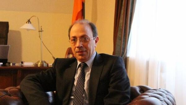 Ermenistan Dışişleri Bakanı Ara Ayvazyan - Sputnik Türkiye
