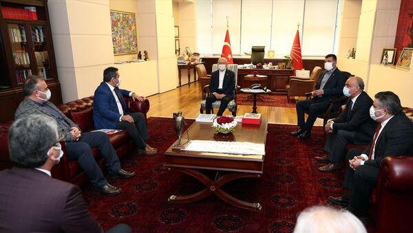 Kemal Kılıçdaroğlu, KESK ve Birleşik Kamu-İş heyetleri - Sputnik Türkiye