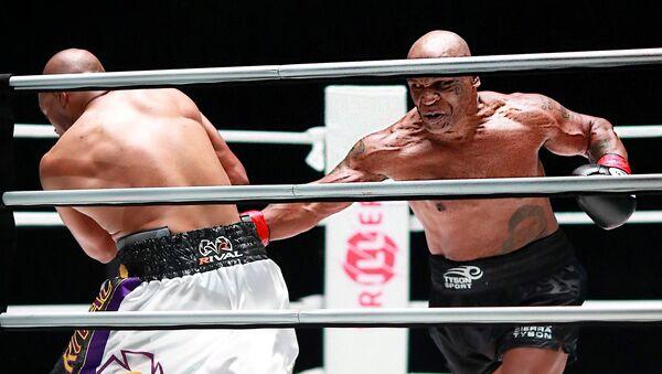 Mike Tyson- Roy Jones  maçı - Sputnik Türkiye