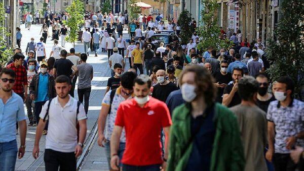 Koronavirüs, maske, kalabalık - Sputnik Türkiye