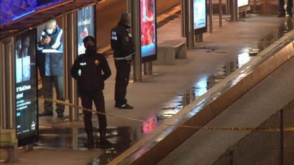 Çağlayan Metrobüs Durağı'nda şüpheli valiz alarmı - Sputnik Türkiye