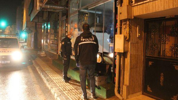 Kısıtlama saatinde hırsızlık yapan kişi yakalandı - Sputnik Türkiye