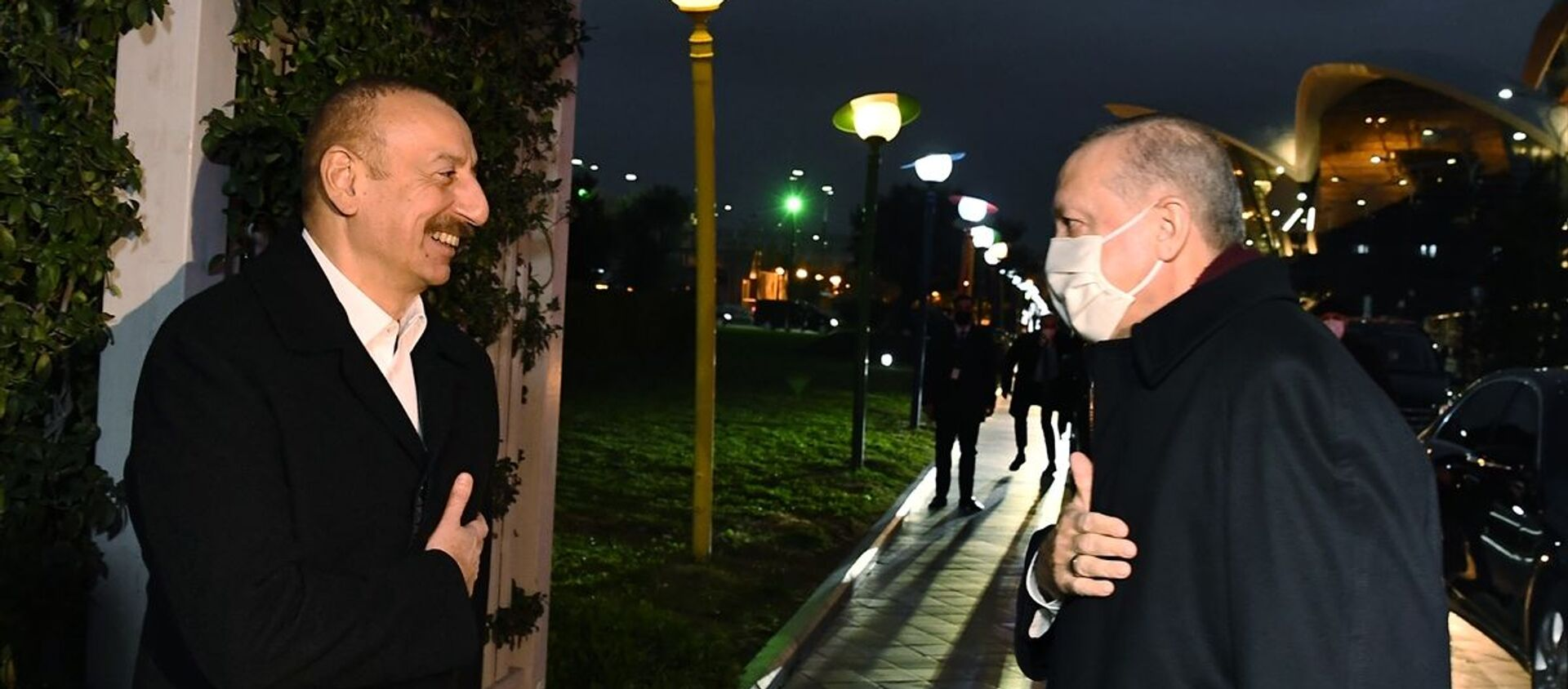 Cumhurbaşkanı Erdoğan, Azerbaycan Cumhurbaşkanı Aliyev ile akşam yemeğinde bir araya geldi. - Sputnik Türkiye, 1920, 24.12.2020