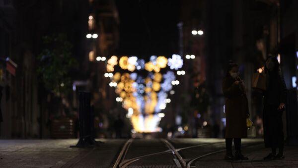Sokağa çıkma kısıtlaması, İstiklal Caddesi - Sputnik Türkiye