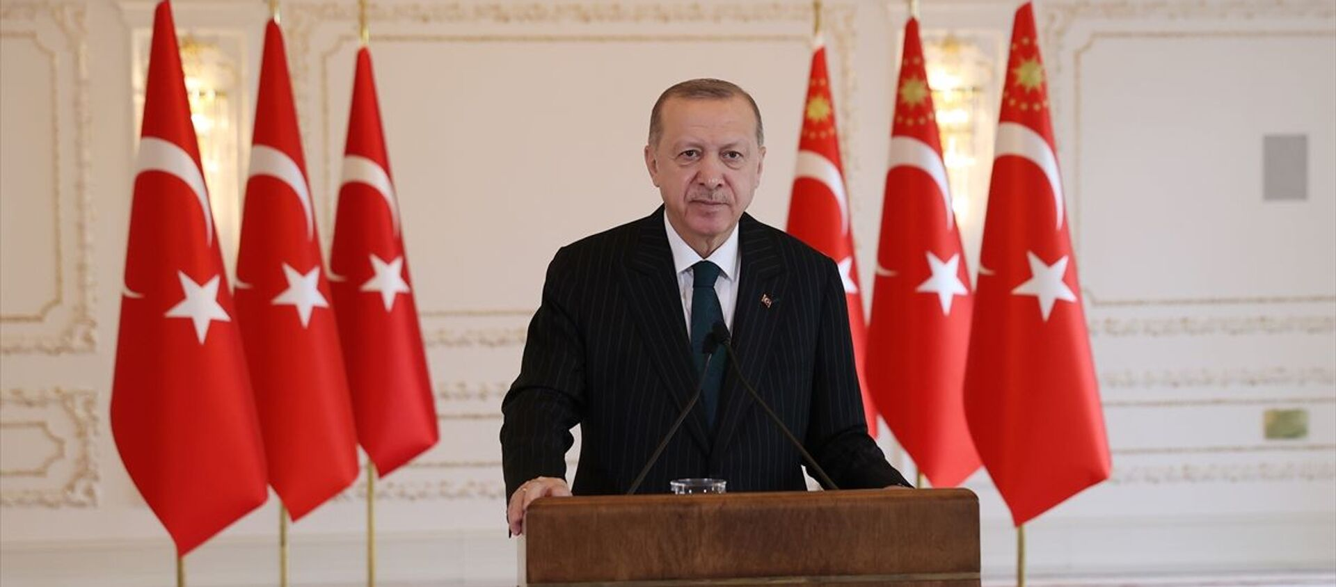 Türkiye Cumhurbaşkanı Recep Tayyip Erdoğan - Sputnik Türkiye, 1920, 12.12.2020