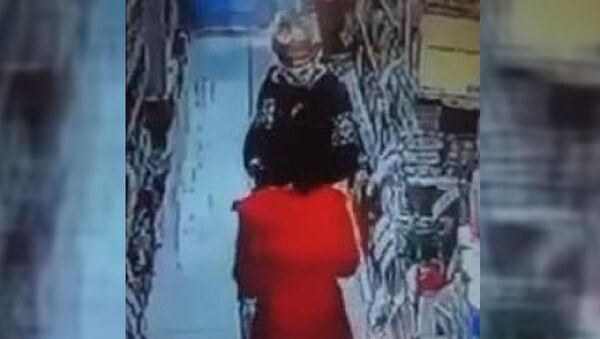 Esenler'de markette çocuğa tacizde bulunan şüpheli tutuklandı - Sputnik Türkiye