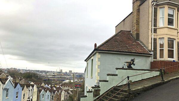 Banksy, Aachoo!! (Hapşu), Bristol - Sputnik Türkiye