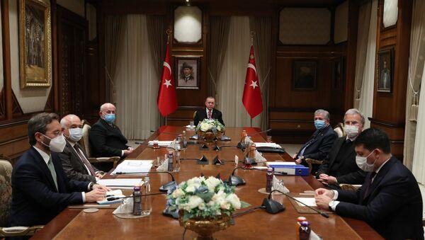 Yüksek İstişare Kurulu - Sputnik Türkiye