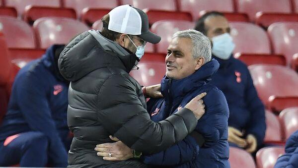Jurgen Klopp, Jose Mourinho - Sputnik Türkiye
