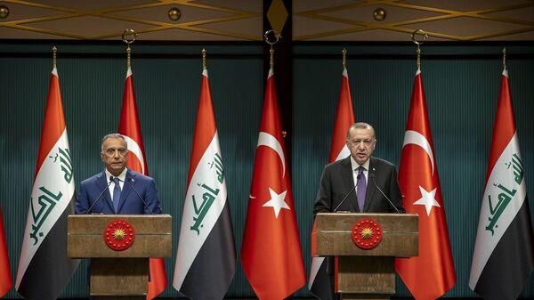 Cumhurbaşkanı Recep Tayyip Erdoğan, Cumhurbaşkanlığı Külliyesi'nde Irak Başbakanı Mustafa Kazımi - Sputnik Türkiye