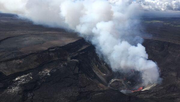 Kilauea Yanardağı, Hawaii  - Sputnik Türkiye