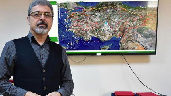 Hasan Sözbilir - Sputnik Türkiye