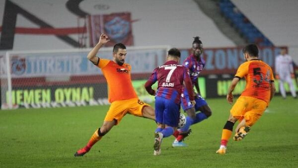 Galatasaray-Trabzonspor-Arda Turan - Sputnik Türkiye