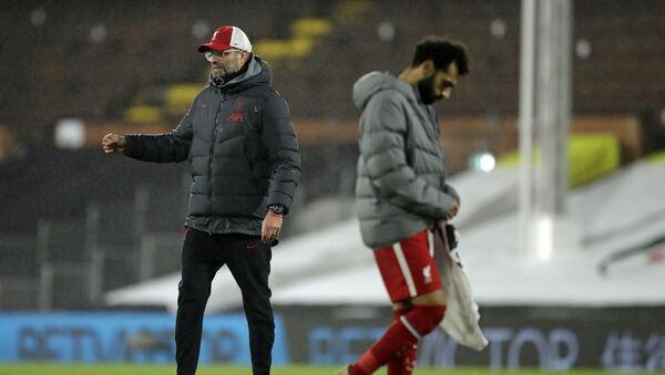 Liverpool Teknik Direktörü Jürgen Klopp ve Muhammed Salah - Sputnik Türkiye