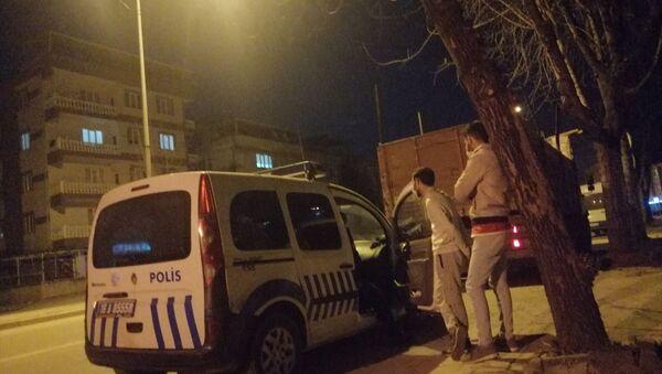 Polis aracı - Sputnik Türkiye