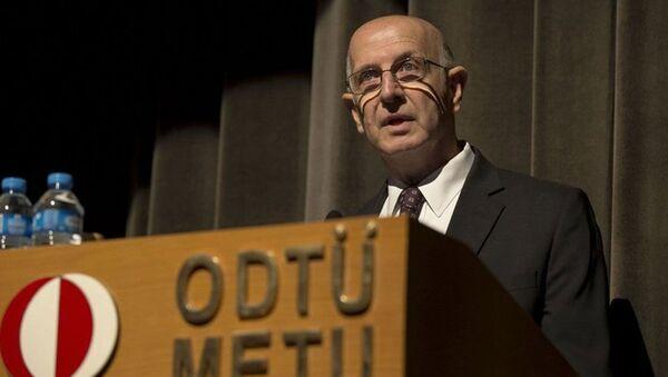 Orta Doğu Teknik Üniversitesi eski Rektörü Prof. Dr. Ahmet Acar - Sputnik Türkiye