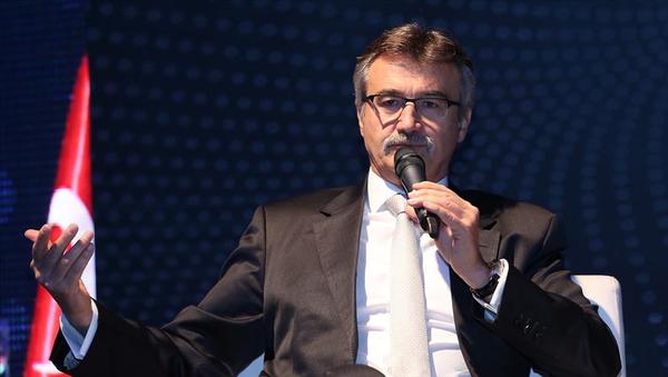 Dış Ticaret ve Gümrüklerden Sorumlu eski Devlet Bakanı Kürşad Tüzmen - Sputnik Türkiye