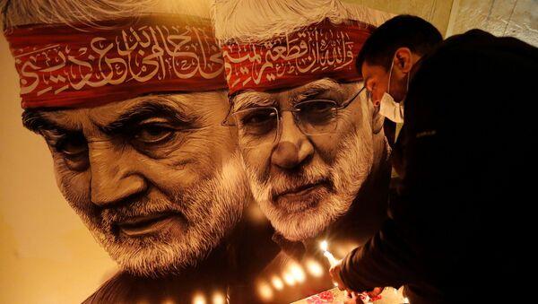 İran Devrim Muhafızları generali Kasım Süleymani'ninABD Başkanı Donald Trump'ın talimatıyla 3 Ocak 2020'de bir İHA saldırısı sonucu Irak'taki Bağdat Havalimanı yakınlarında öldürülmesinin 1. yıldönümü, gösterilerle anılıyor. - Sputnik Türkiye