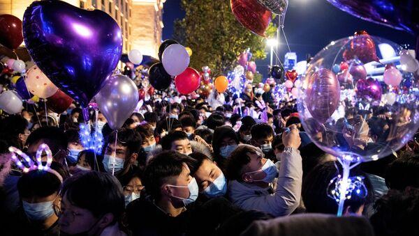 Vuhan'da yeni yıl kutlamaları - Sputnik Türkiye
