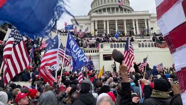 ABD-Kongre-protesto sonrası  -Trump destekçileri - Sputnik Türkiye