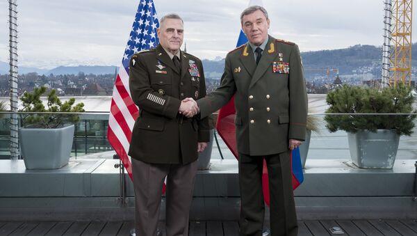 Rusya Genelkurmay Başkanı Orgeneral Valeriy Gerasimov, ABD Genelkurmay Başkanı Orgeneral Mark Milley - Sputnik Türkiye
