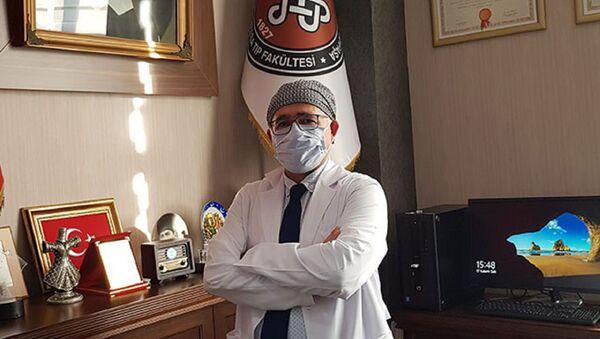 Cerrahpaşa Tıp Fakültesi Dekanı Prof. Dr. Sait Gönen - Sputnik Türkiye