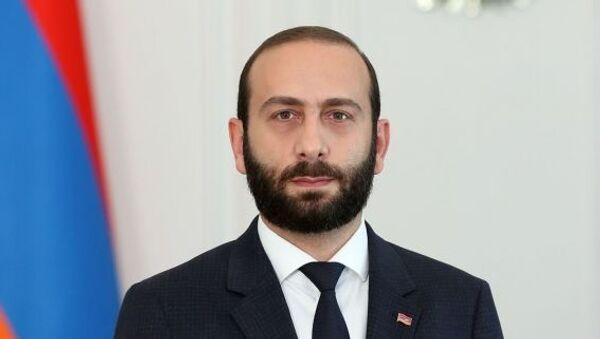 Ararat Mirzoyan - Sputnik Türkiye