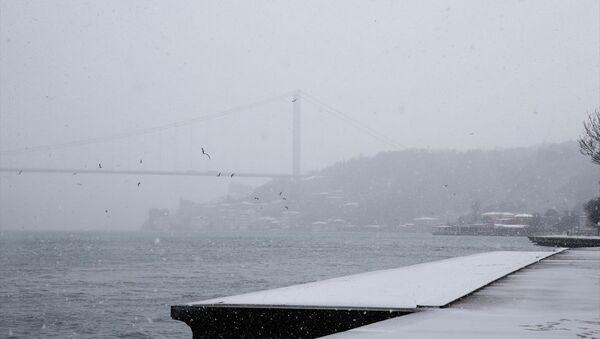 İstanbul kara büründü - Sputnik Türkiye