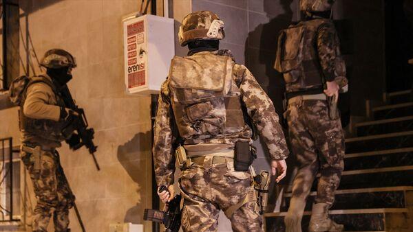 İstanbul - IŞİD operasyonu - İstanbul Terörle Mücadele Şube Müdürlüğü - Sputnik Türkiye