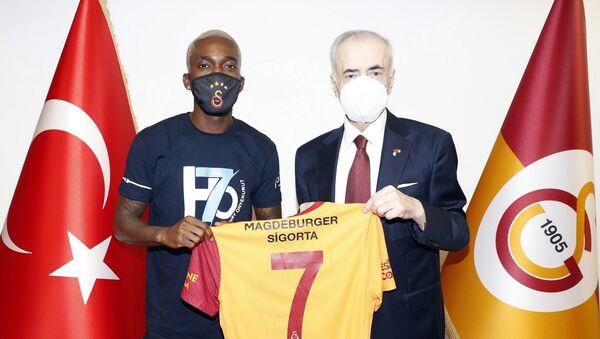 Henry Onyekuru - Mustafa Cengiz - Sputnik Türkiye