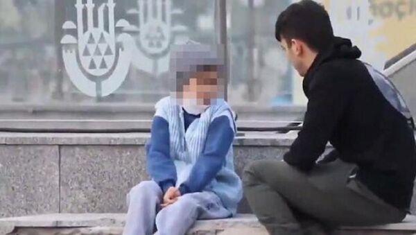 'Bağcılar'da su satan çocuk' videosu kurgu çıktı: YouTuber hakkında yasal işlem başlatılacak - Sputnik Türkiye