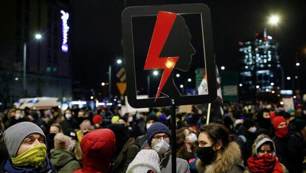 Polonya - kürtaj yasağı - protesto - Sputnik Türkiye