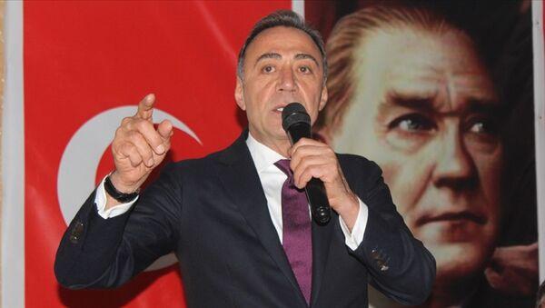 Eski CHP Milletvekili Berhan Şimşek - Sputnik Türkiye