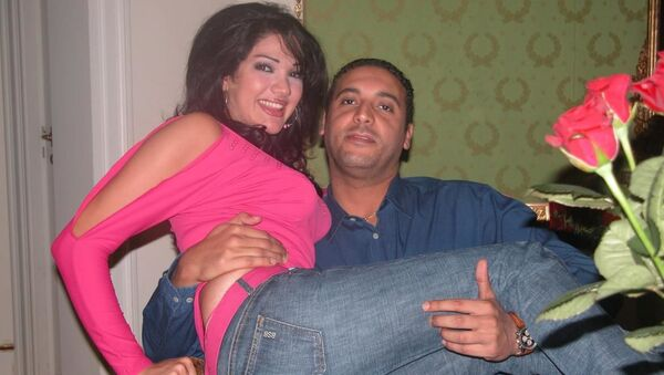 Öldürülen Libya lideri Albay Muammer Kaddafi'nin 5. oğlu Hannibal Kaddafi ile eşi Aline Skaf - Sputnik Türkiye