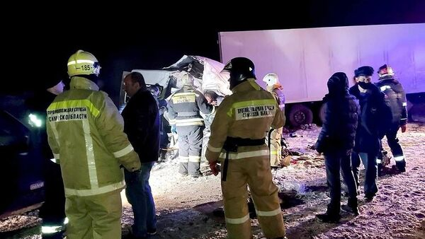 Rusya'nın Samara bölgesinde otobüsilekamyonunçarpışması sonucu hayatını kaybedenlerin sayısı 12'ye yükseldi. - Sputnik Türkiye