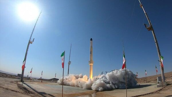 İran Zülcenah adını verdiği ve katı ile sıvı yakıtla çalışabilen motora sahip yeni uydu taşıyıcısını test etti. - Sputnik Türkiye