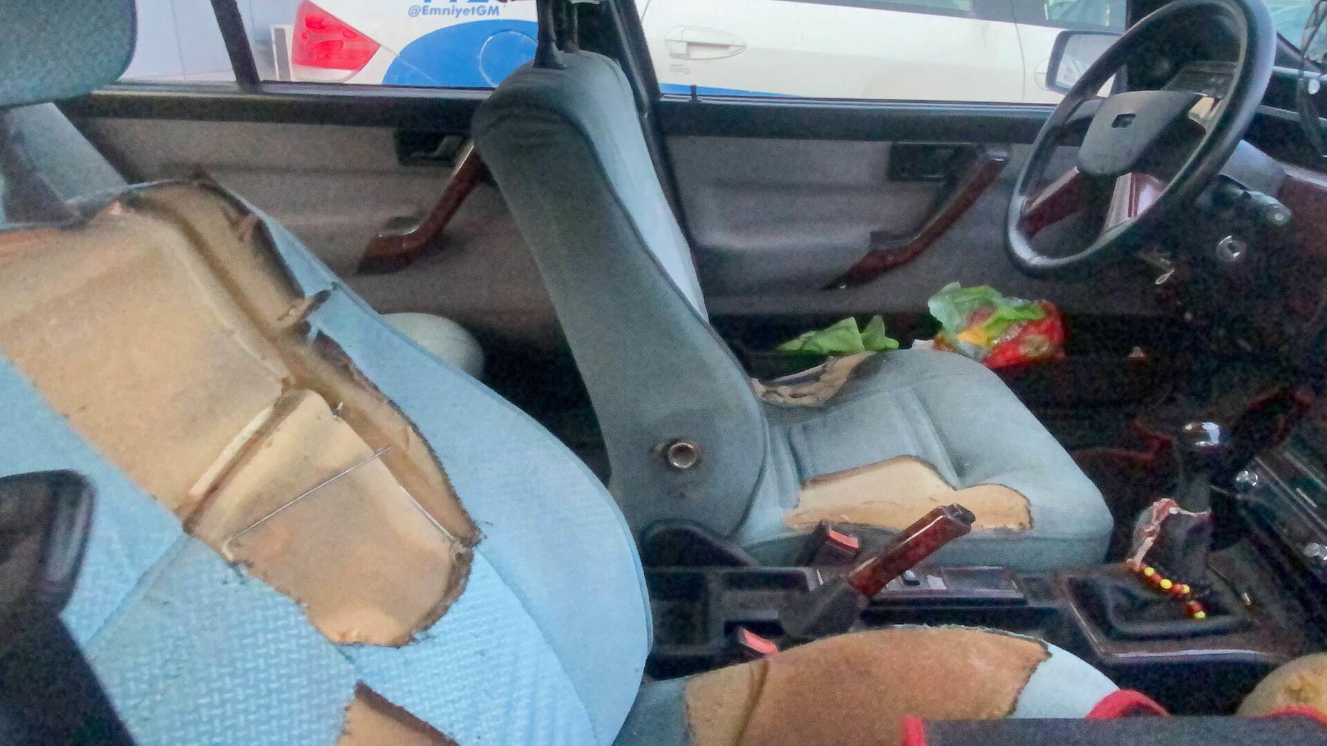 Katilinin Arzu Aygün'ün cesedini otomobilin ön koltuğuna oturtarak taşıdığı ortaya çıktı - Sputnik Türkiye, 1920, 03.02.2021