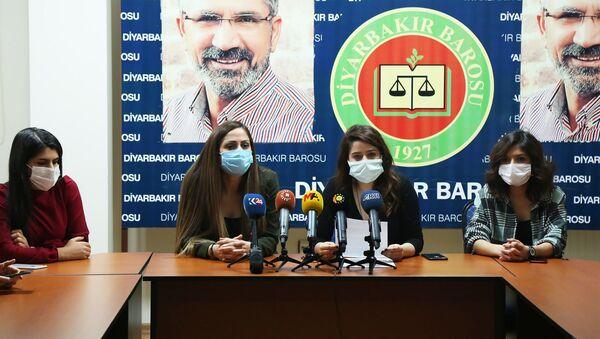 STK'lardan, cezaevlerinde 74 gündür süren açık grevleri ile ilgili Adalet Bakanlığı'na çağrı - Sputnik Türkiye