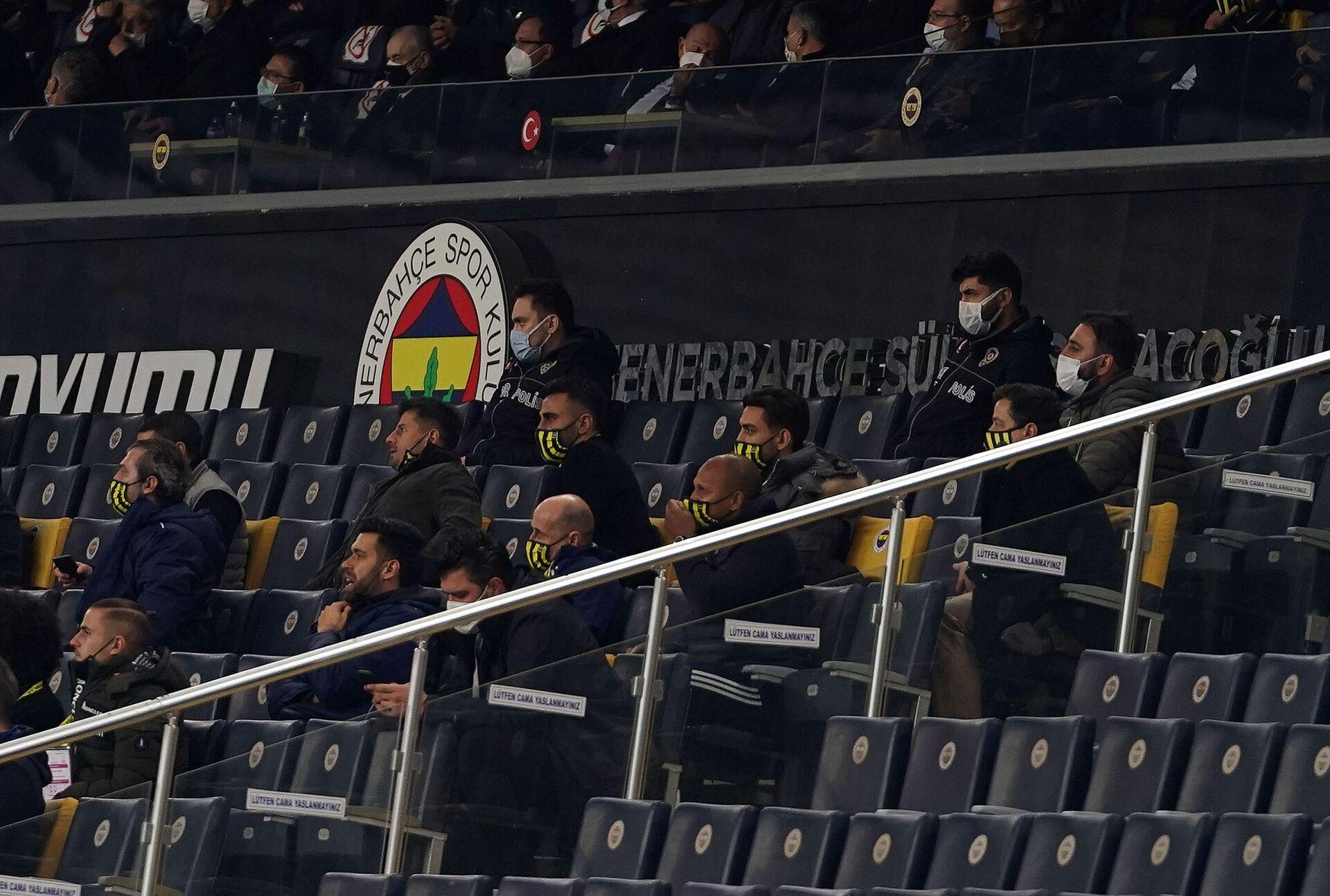 Derbide küfür polemiği büyüyor: 'Galatasaray riyakarlığı' diyen Fenerbahçe yöneticisi Kemal Danabaş için mahkeme kararı - Sputnik Türkiye, 1920, 08.02.2021
