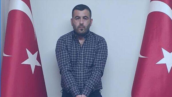 MİT'in operasyonuyla Irak'ın Sincar bölgesinde yakalanan 'PKK'nın lojistik sorumlusu' İbrahim Parım - Sputnik Türkiye