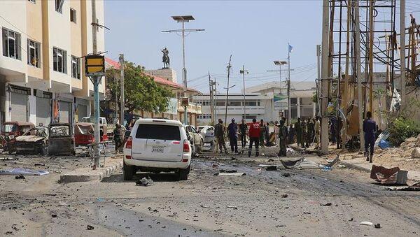 Somali'nin başkenti Mogadişu'da büyük bir patlama - Sputnik Türkiye