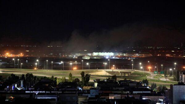 Irak'ın Erbil kentinde ABD askeri üssünün de bulunduğu bir havaalanına füzeli saldırı düzenlendiği bildirildi - Sputnik Türkiye