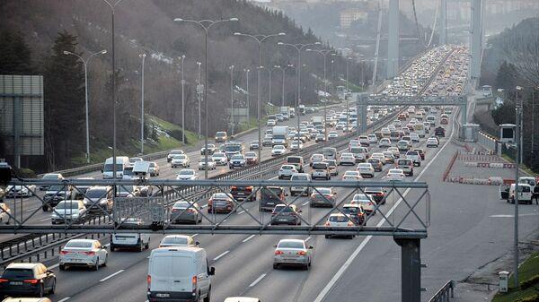 İstanbul'da trafik yoğunluğu - Sputnik Türkiye