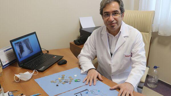 Prof. Dr. Ekber Şahin, Sivas, soluk borusu - Sputnik Türkiye