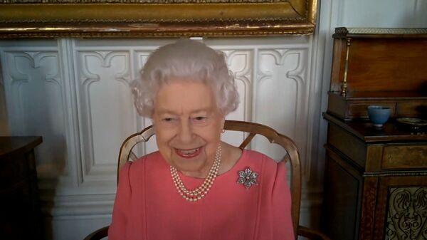 İngiltere Kraliçesi 2. Elizabeth: Kendinizi düşünmüyorsanız başkalarını düşünün - Sputnik Türkiye